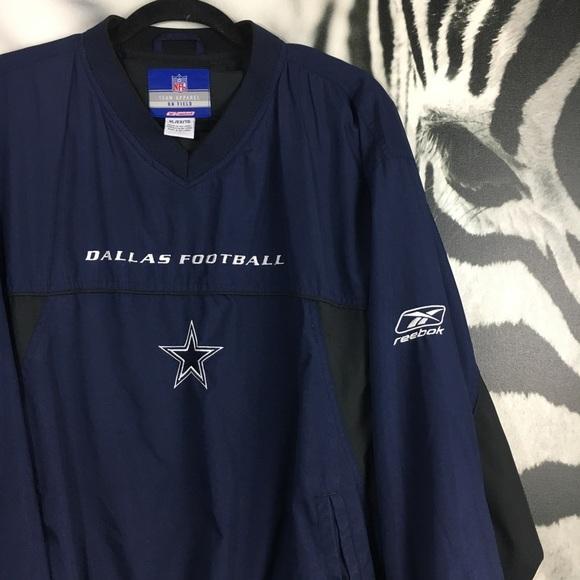 a0e4d7bb6 Dallas Cowboys NFL Reebok Field Apparel Pullover. M 5c4922e2534ef9bee4469d36